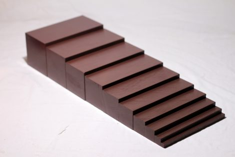 Kahverengi Merdivenler – Brown Stairs